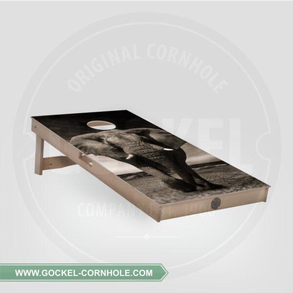 Cornhole board - elephant
